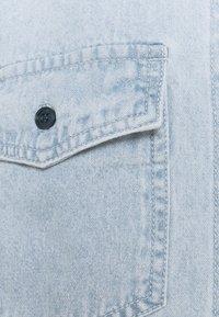 Missguided - BOYFRIEND FIT - Button-down blouse - blue - 2
