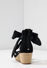 UGG - TRINA - Loafers - black - 5