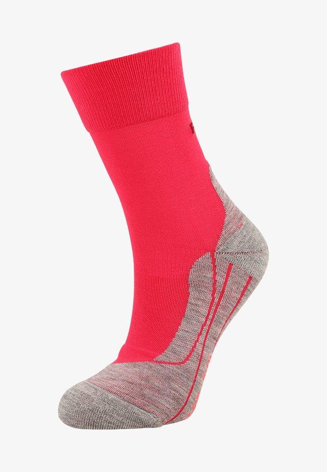 RU4  - Sports socks - pink