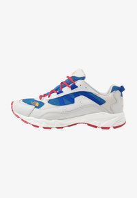 The North Face - ARCHIVE TRAIL KUNA CREST - Trainers - spackle grey/red - 0
