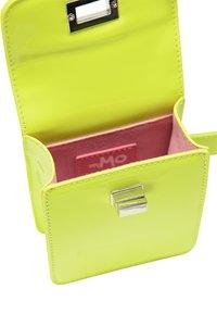 myMo - Bum bag - neon green - 4