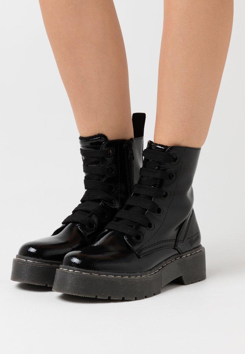 TOM TAILOR DENIM - Kotníkové boty na platformě - black