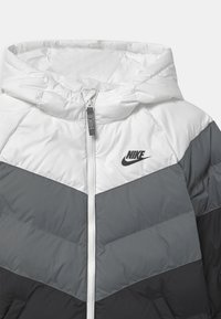 Nike Sportswear - UNISEX - Veste d'hiver - white/smoke grey/black - 2