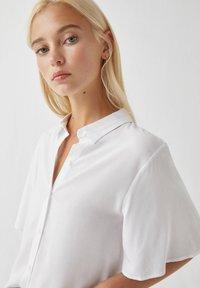 PULL&BEAR - Overhemdblouse - white - 3