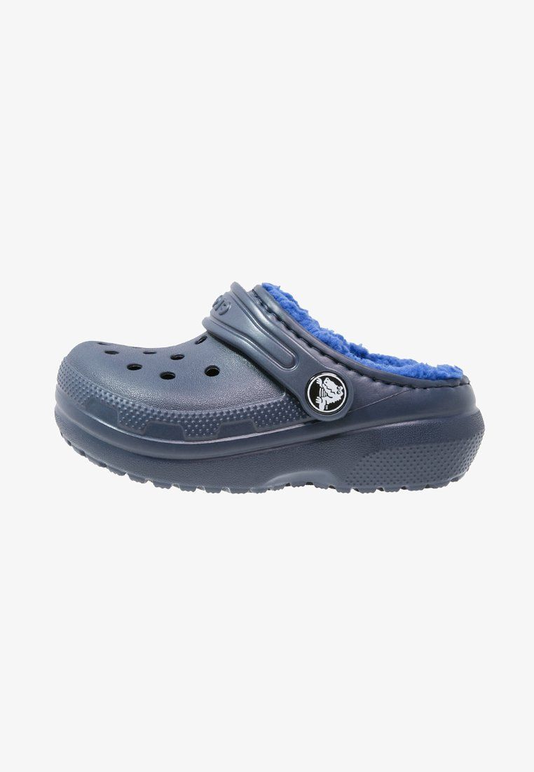 Crocs - CLASSIC LINED - Pantolette flach - navy/cerulean blue