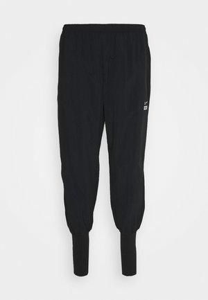 CUFF PANT - Spodnie treningowe - black/white/silver