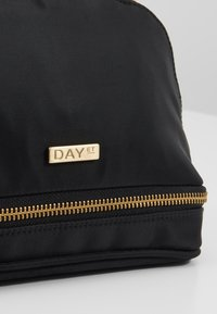 DAY Birger et Mikkelsen - DAY DOUBLE ZIP COSMETIC EXTRA - Kosmetiktasche - black - 2