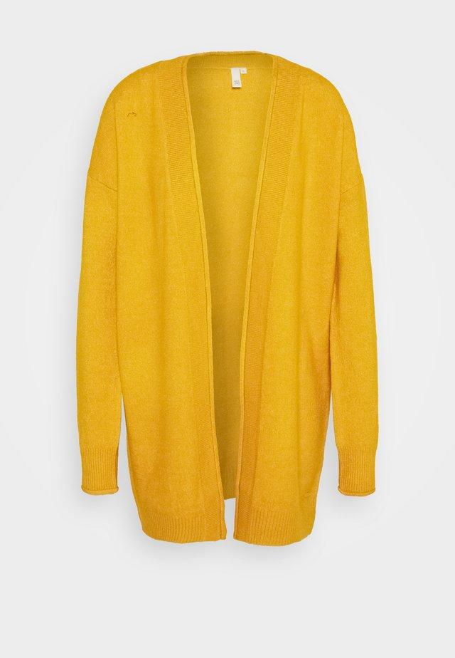 Vest - yellow