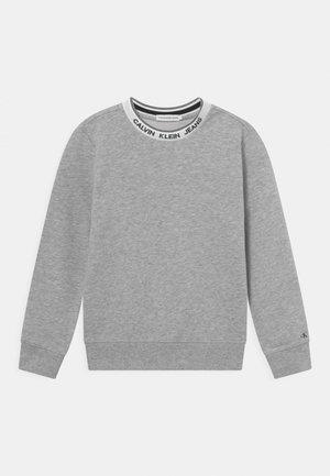 INTARSIA  - Sweatshirt - light grey heather