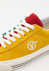 Vans - ANAHEIM SID DX UNISEX - Joggesko - yellow/red/white - 5