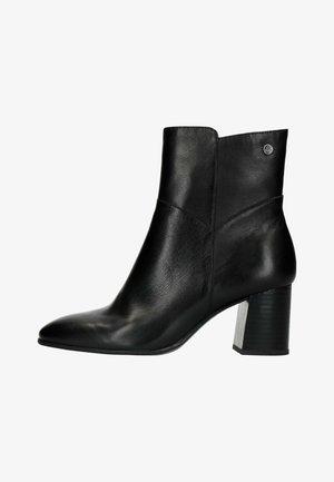 MIT ABSATZ - Classic ankle boots - schwarz