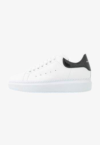 GALA - Zapatillas - bianco/glass nero