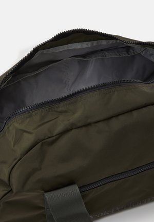 DETOUR II 35L - Sports bag - coniferous green