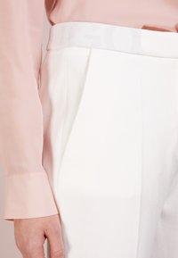 HUGO - HEFENA - Kalhoty - natural - 4