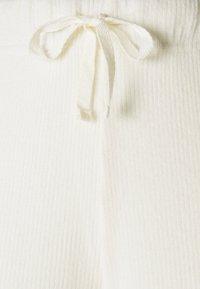Anna Field - Cosy rib longe set - Pyjama set - off-white - 6
