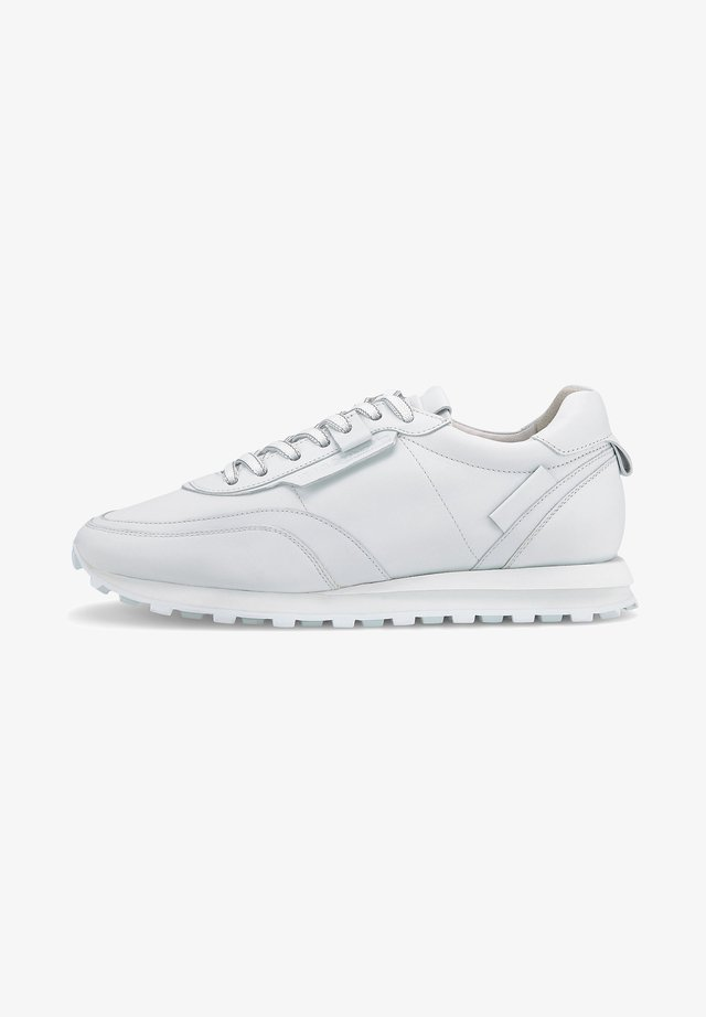 ICON - Trainers - weiß