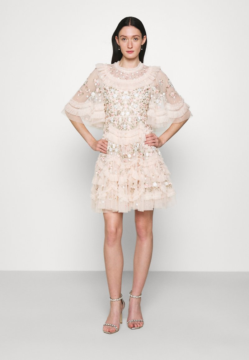Needle & Thread - LALABELLE MINI DRESS - Koktejlové šaty/ šaty na párty - strawberry icing