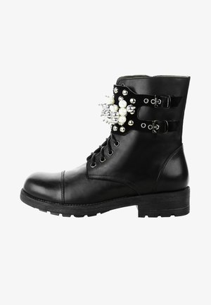 DARIA - Cowboy/biker ankle boot - black