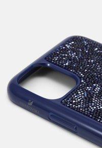 Swarovski - GLAM ROCK CASE IPHONE 11 PRO MAX - Etui na telefon - dark touch light - 3