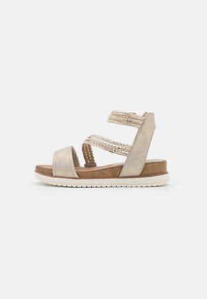 Platform sandals - light gold