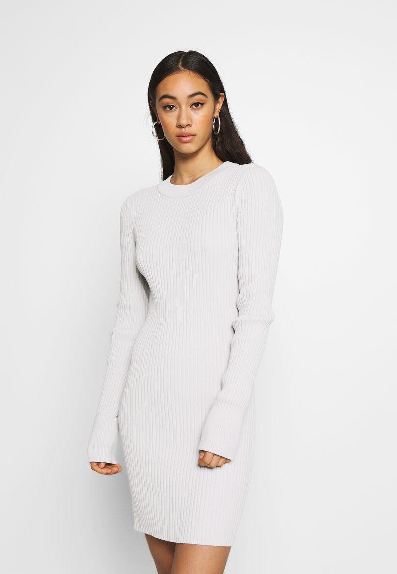 Weekday - JEWEL DRESS - Vestido de tubo - mole dusty light