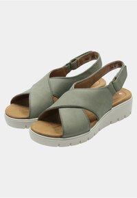 Clarks - Sandalias de senderismo - green - 5