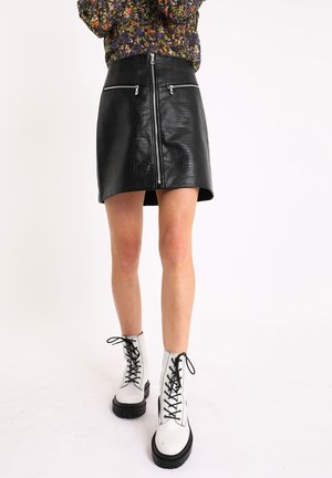 ROCK IN KROKO-OPTIK - A-line skirt - schwarz