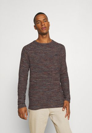 Stickad tröja - tawny port