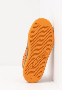 Camper - RUNNER FOUR KIDS - Zapatillas altas - medium orange - 5