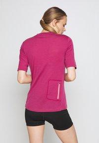 Mons Royale - PHOENIX ENDURO - T-shirts print - khaki/rose - 2