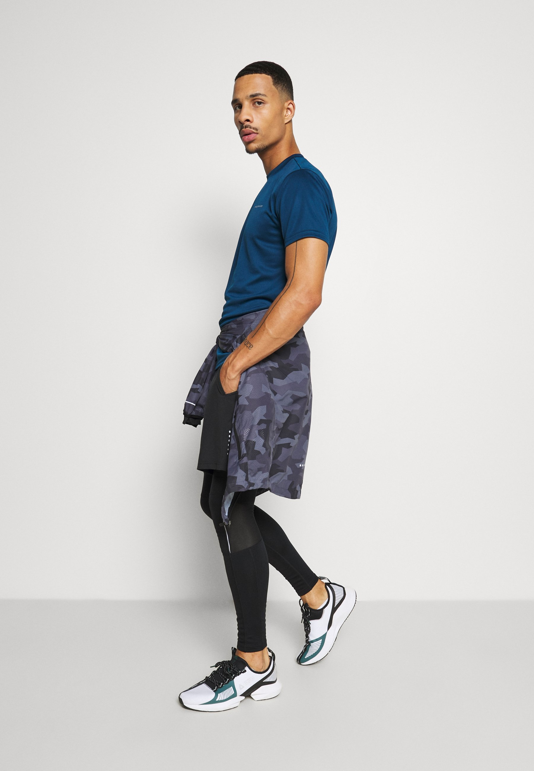 Endurance Vernon Performance Tee - T-shirts Med Print Poseidon/mørkeblå