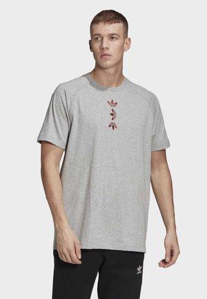 BIG TREFOIL T-SHIRT - Print T-shirt - grey