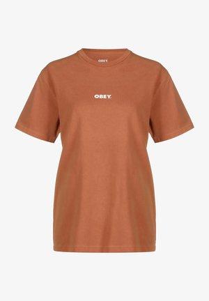 BOLD 4 - Basic T-shirt - adobe