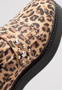 Shoe The Bear - BILLIE FRINGES - Mocassins - brown - 2