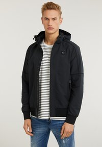 CHASIN' - Summer jacket - black - 3