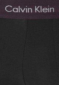 Calvin Klein Underwear - LOW RISE TRUNK 3 PACK - Pants - black - 6