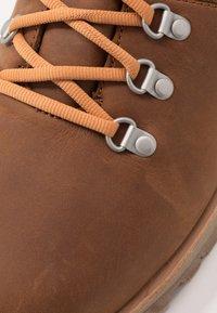 Merrell - WILDERNESS WATERPROOF - Trekking boots/ Trekking støvler - oak - 5