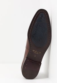 Walk London - ALFIE OXFORD TOE-CAP - Stringate eleganti - brown - 4