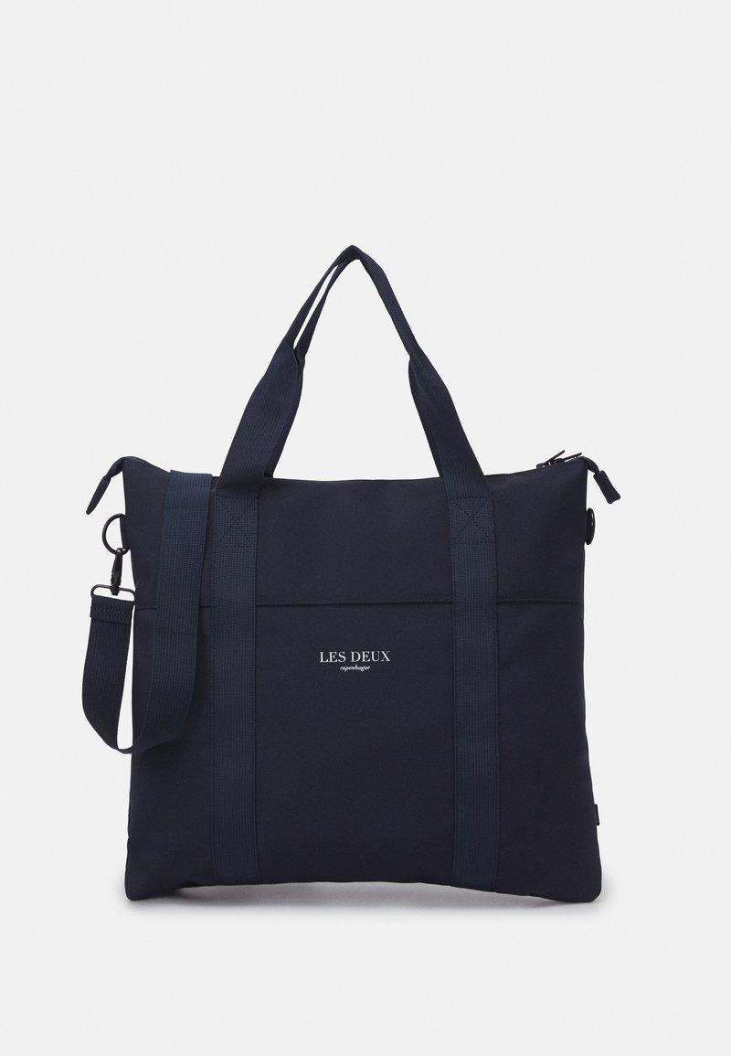 Les Deux - TRAVIS TOTE BAG - Tote bag - dark navy