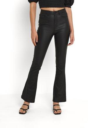 NMSALLIE FLARE COATED PANTS  - Pantaloni - black