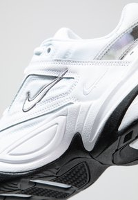 Nike Sportswear - M2K TEKNO - Sneakers - white/cool grey/black - 2