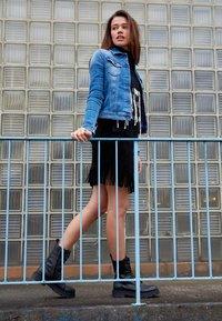 Replay - JACKETS LIGHTWEIGHTS - Denim jacket - medium blue - 3