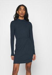 Vero Moda - VMNORA SHORT DRESS - Day dress - navy blazer - 0
