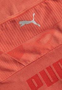 Puma - EVOKNIT SEAMLESS CROP - Sportshirt - autumn glaze - 6