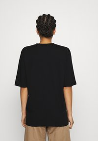 Filippa K - MATILDA VNECK TEE - T-shirt - bas - black - 2