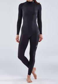 Skins - THERMAL - Sports shirt - black - 0