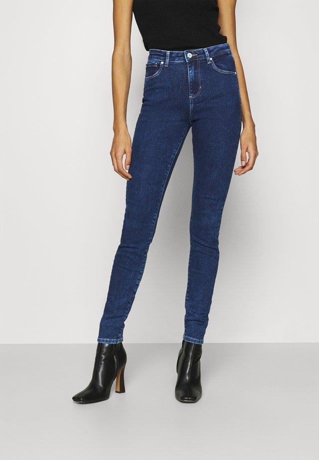 LUSH  - Jeansy Skinny Fit - blue denim