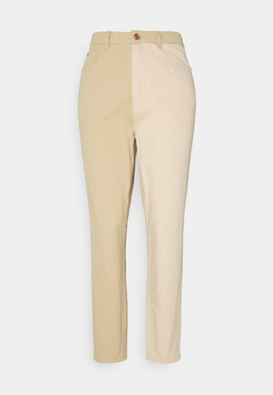 SPLICED RIOT JEAN - Jeans relaxed fit - tan