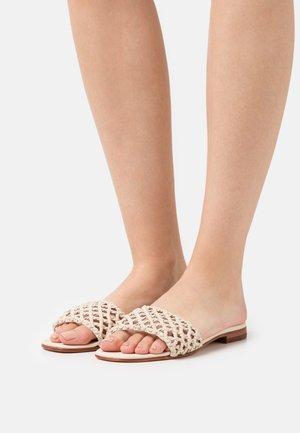 ELODIE 49 - Pantofle - natural