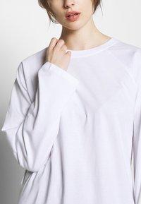 CALANDO - Long sleeved top - bright white - 4